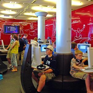 Интернет-кафе Сенгилея